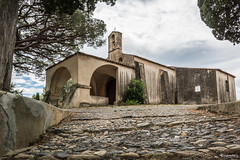 Saint Tropez (Dagmar' s Fotos) Tags: architecture scenic kirche architektur perspektive sdfrankreich sainttropez lowpov nikkor1024mm nikond5200