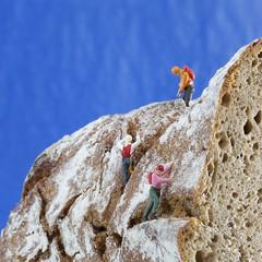 tiroler brot (simon zalto) Tags: food mountain alps macro rock canon bread austria tirol model railway 100mm climbing alpine tiny climber figures brot strobe klettern h0 kletterer bergsport