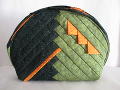 Halbrunde UtensilTaschen grün (blauer_jeansstern) Tags: orange grün streifen tasche kosmetik täschchen kleinkram halbrund