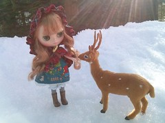 Deer friend <3 Amigo ciervo (Ela y Fungilandia) Tags: snow friend nieve deer nana blythe middie middieblythe