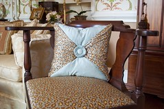 blue-cheetah-pillow