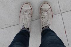 DSC_8977-1 (jutoune@ymail.com) Tags: paris converse pied pas defense empreinte tourisme chaussures paris2015