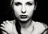 Passe-temps (Christine Lebrasseur) Tags: portrait people blackandwhite woman france art canon teenager fr onblack gironde léane saintloubes allrightsreservedchristinelebrasseur