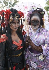 Spooky Sisters (PelicanPete) Tags: portrait horses horse usa cup smile sisters necklace dress unitedstates emotion florida action helmet makeup gear battle jewelry queen spooky rings knights lance sword knight crown shield renaissancefestival excitement joust southflorida skill fieldofdreams horsebackrider patrons floridarenaissancefestival hermajesty armsandarmor queenisabella pubsing deerfieldbeachflorida thejoust 23rdannual spookysisters kingsroyalorders nobleattire goodknightpub winter2015 queenisabellaofcastile