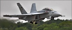 Super Hornet at Latrobe (Images by A.J.) Tags: show county airport marine fighter cloudy pennsylvania aviation military air arnold navy attack super palmer airshow pa corps hornet boeing naval regional westmoreland latrobe aircradt