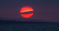 Welsh Sunset (Vincent_McLaren) Tags: sunset red sea orange nature night purple shre