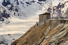 Das Haus bei der Pasterze (Fotos4RR) Tags: pasterze gletscher glacier alpen carinthia kärnten österreich austria grossglocknerhochalpenstrase