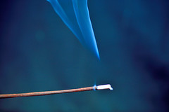 Hot/Cold - Macro Mondays (Sizun Eye) Tags: hot cold macro nikon smoke sigma steam bleu ashes d750 hmm incense mondays fume cendres encens 105mm hotcold sigmamacro105mmf28 sizun macromondays sizuneye