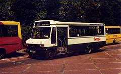 County-MD612-J612WHJ-Walthamstow-270797c (Michael Wadman) Tags: mercedes mercedesbenz walthamstow countybusandcoach routew15 j612whj