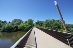 Milwaukee River Greenway (Kayakman) Tags: river greenway mke milwaukee nature hiking biking oakleaftrail olt
