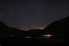 Noches fugaces. (Sarvis) (Leire Goitia) Tags: longexposure sky nature night canon stars noche cielo estrellas stm aire libre pirineos fugaz 30 sarvis 700d