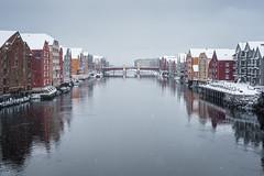 Bakklandet (Helena Normark) Tags: snow winter bryggene bakklandet trondheim srtrndelag norway norge sonyalpha7 a7 voigtlnder cv5015 nokton5015 nokton50mmf15