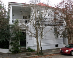 23 King Street (possibly as early as 1721), one of the earliest wooden houses in Charleston, SC (Hunky Punk) Tags: wood houses streets sc architecture iron king southcarolina charleston revolution balconies porches prerevolutionary hunkypunk spencermeans