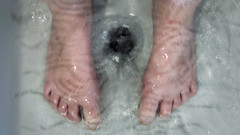 144/366: knowledge (Andrea  Alonso) Tags: feet me water shower foot agua notes letters examen pies ducha exam letras