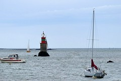 (stbaillon) Tags: sea mer boat bretagne navigation voilier sailingboat balise