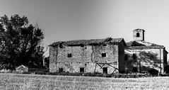 Cracks (mezzopretepaolo) Tags: house abandoned cracks