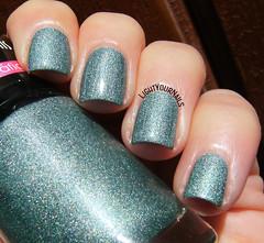 Koloss hologrfico gua Marinha (Simona - www.lightyournails.com) Tags: koloss holographic esmalte smalto vernis nails nailpolish nagellack naillacquer nailswatch unghie manicure