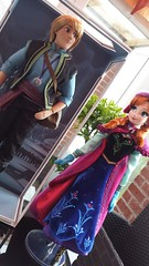 Anna and Kristoff (myuoi) Tags: summer anna snow out march frozen store doll box gear disney 17 nordic 18 limited edition kristoff 2015 deboxed