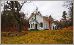 Cresent Hill Baptist Church (Jerry Jaynes) Tags: church ga helen 1922 helenga georiga countrychurch timesgoneby sauteenacoochee whitecounty nikkor1685vr