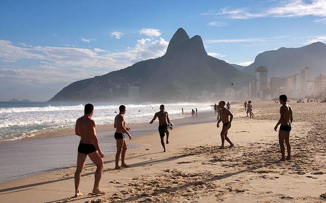 32Brazil~020Rio_de_Janeiro~060Ipanema~118Ipanema_Beach_10^1920x