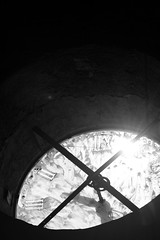 Jueves Santo (Javier Volcan) Tags: bw blanco church venezuela negro pueblo abril iglesia bn caracas taller barrio nazareno curso d2 semanasanta tradicion petare catolico documental cofradia viacrusis rmtf