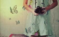 Hoje  Outro Dia (Eline Cristine) Tags: camera pink blue light portrait sun texture sol me colors girl vintage cores hands nikon days borboleta romantic 365 recife tones me tons lags 2015 vesido d5100