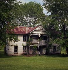 Bowen, Kentucky (deatonstreet) Tags: abandoned film architecture kodak kentucky historic mat 124g 100 yashica ektar