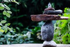 Se jouer de la Gravit. (Le Vrai Erw@n) Tags: stone balance equilibre zen pierre nature texture couleur colors stonebalance gravit gravity zero new nouveau