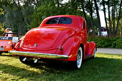Ford Coupe 1937. (Papa Razzi1) Tags: summer ford sweden july sunny coupe v8 1937 2016 carmeet 7529 202365 carwednesdays2016
