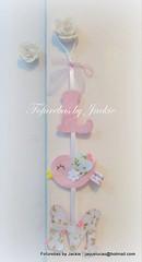 Pingente para maçaneta (Fofurebas - By Jackie) Tags: passarinho felt feltro decoração pingente maçaneta passarinhos iniciais letrinhas enfeitedeporta pingenteparamaçaneta