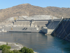027-05 USA, Washington, Grand Coulee Dam Structure (Aristotle13) Tags: dam columbiariver wa grandcoulee washingtonstate 2007 usavacation