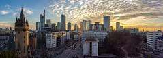 Panorama Frankfurt a. M. (Frank Lammel) Tags: city sunset sky panorama skyline colorful sonnenuntergang frankfurt innenstadt wahrzeichen stadttor eschenheimerturm stadtturm eschenheimertor