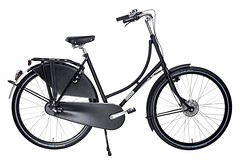 WorkCycles Omafiets 2015 (@WorkCycles) Tags: bicycle bike black carrier city dutch dutchbike grandma granny ladies lady oma omafiets stadsfiets transport workcycles