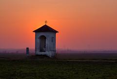 Kapliczka (Mirek Pruchnicki) Tags: sunset village chapel pola słońce zachód wiosna kapliczka wyszatyce