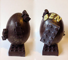 "Oeuf de Pâques ""Lego"" (Claire Coopmans) Tags: lego chocolate chocolat afol"