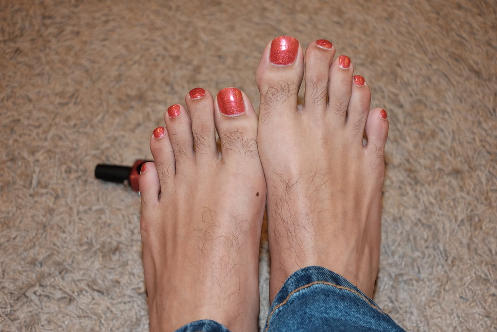 feet toes Sexy painted