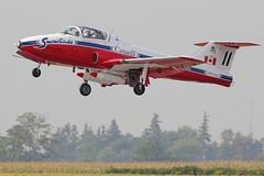 CT-114 Tutor - Snowbirds (Derek Mickeloff) Tags: canon airshow brantford snowbirds tutor ct114 60d