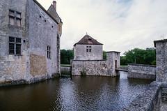 Château de La Brède (JiPiR) Tags: france fra aquitaine labrède
