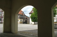 Heldburg (Seleusleaf) Tags: houses arches half timbered