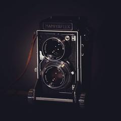 #tonyscamera #denton #texas #mamiyaflex #mamiyafeatures (Tonys Camera) Tags: mamiya square squareformat c2 mamiyaflex sekonic