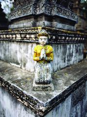 Angkor Wat 140 (Brian Lahiere) Tags: sculpture grave asian death asia cambodia decorative buddhist prayer praying tomb casket buddhism angkorwat mausoleum gravestone burial charnelhouse vault coffin dying crypt catacomb burialchamber sepulcher
