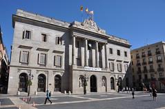 "Barcelona (Plaça de Sant Jaume) City Hall. Neoclassical facade. 1831-1847. Josep Mas, architect (Catalan Art & Architecture Gallery (Josep Bracons)) Tags: josep bracons catalunya catalonia cataluña catalogne katalonien art catala catalan arte kunst gallery barcelona barcelone 1831 1847 jose mas vila ajuntament ayuntamiento ""casa de la cutat"" ciudad"" ""hotel ville"" ""city hall"" ""town plaza ""san jaime"" plaça ""sant jaume"" finestra window ventana fenetre balco balcon balcony façana fachada facade arquitectura architecture edifici edificio building batiment immeuble neoclassic neoclasico neoclassical neoclàssiques columna colonne column refugees welcome refugiats refugiados rellotje reloj clock horloge favag allfreepictures bestof2016"