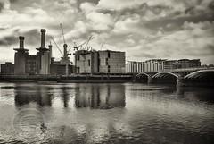London Nov 2015 (7) 215 - Battersea Power Station developement (Mark Schofield @ JB Schofield) Tags: londonnov20157 london river thames vauxhall chelsea england architecture city buildings bridge battersea power