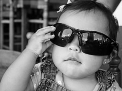 How looks my little girl? (Gayoausius) Tags: blackandwhite bw baby blancoynegro glasses 7dwf