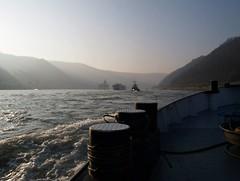 1234223_1397793263781483_518538501_n (Lorenz.E) Tags: rhine rhein barge pfalz kaub binnenschiff binnenschifffahrt inlandnavigation vorspann rheinschifffahrt