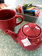 disappointment (sudphoto) Tags: red restaurant tea newhampshire teapot teatime gilford disappointing flickrandroidapp:filter=none toocoldtosteep