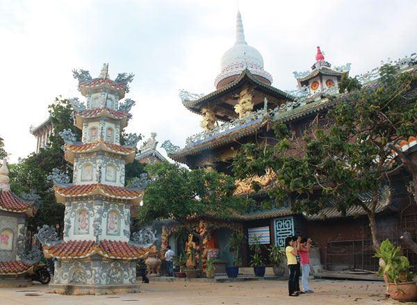 1 chua Chau Thoi
