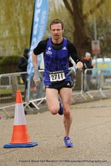 ​Brooks Paddock Wood Half Marathon 2015 Men's race winner- Toby Lambert - 1.07.09