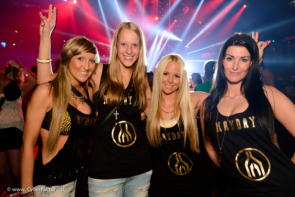 ladies de nrw strapon party