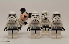 Lego - Taking the Mickey.jpg (cpu-mort) Tags: toys starwars lego stormtroopers humour mickeymouse legominifigures